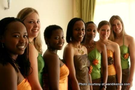 Bridesmaids dressed to kill